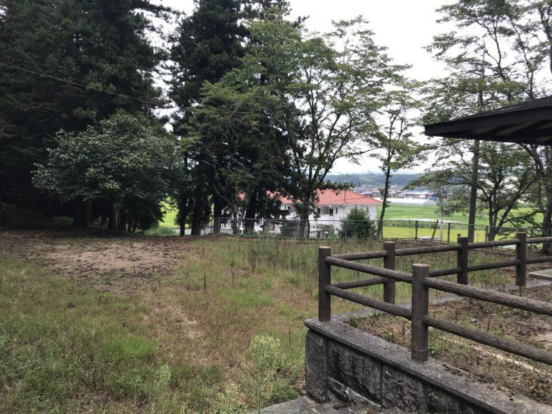田原神社の広場3