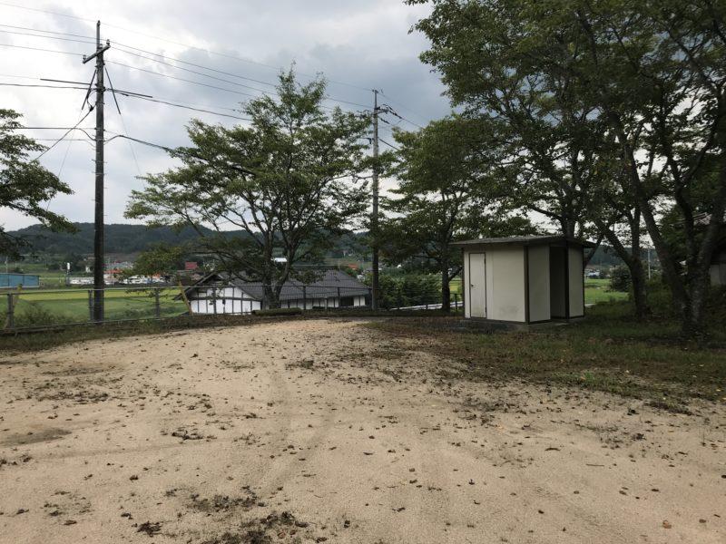 田原神社の広場1