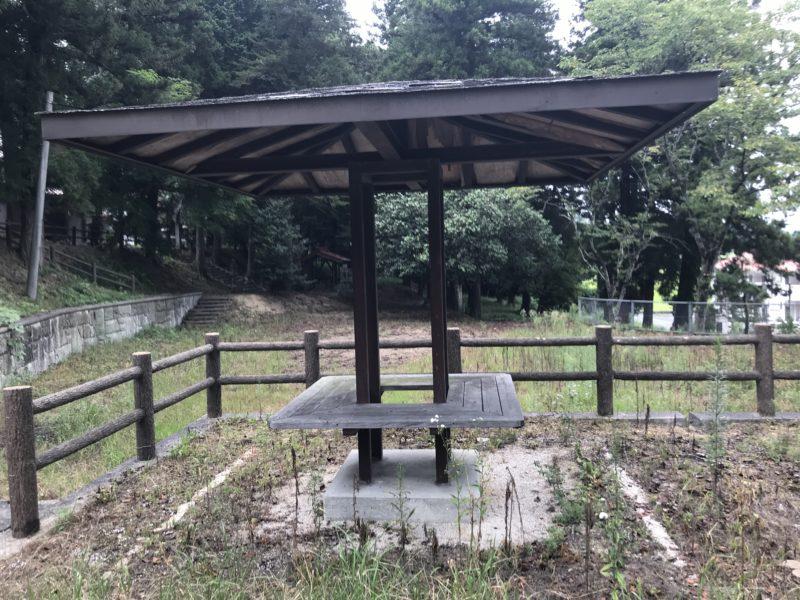 田原神社の広場2